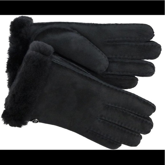 de2087ea911 NEW Ugg Australia Black Carter Shearling Gloves L NWT